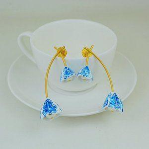 Tory Burch Blue Natural Resin Flower Earrings